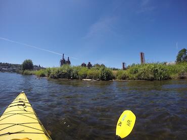 Kayaking to Gas Works Park